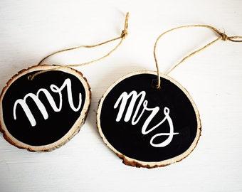 Wood slices Mr & Mrs