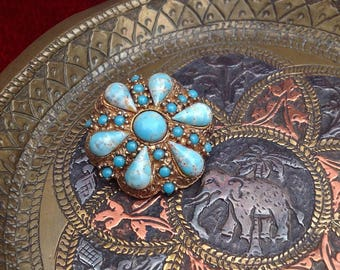 Victorian style gilt metal Vintage Pin/Brooch with turquoise cabochons