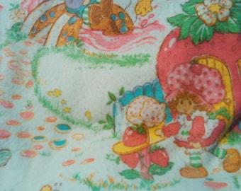 Vintage 1980 Strawberry Shortcake Fleece Twin Blanket