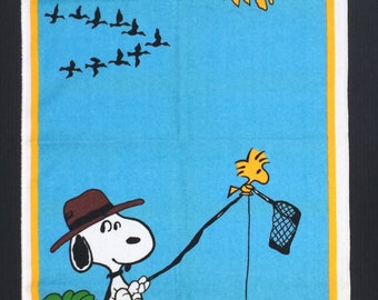 1980s Vintage Snoopy Towel Fishing Hat Woodstock Schulz United Features Syndicate Inc.