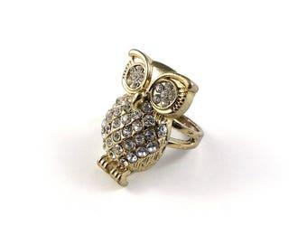 Owl ring, crystal owl ring, costume owl jewellery, vintage owl ring, owl jewellery, owl collectors.