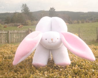 Rabbit Amish Puzzle ball - Handmade in the Highlands of Scotland