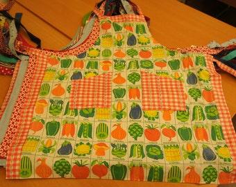 Kitchen apron, cotton, 70s vintage vegetable print