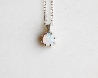 Small Opal Pendant Necklace in Sterling Silver, Minimalistic Jewelry, Pendant, Delicate Necklace, Birthstone, Bridal