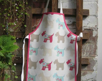 Child's Apron size 1 Scottie Dog approx 1-4 yrs Cloth or PVC coated