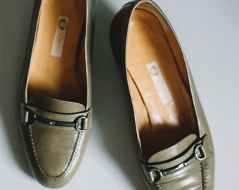 1970s Vintage Gucci Oxford and Horsebit Loafers / oxford loafers / 1970s loafers / stacked wooden heels