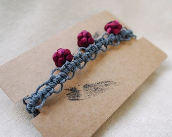 Traditional Chinese Woven Bracelet (Button knot)