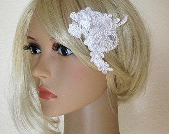 OOAK Romantic white 3D vintage floral lace headpiece hair comb pearls flower wedding bridal accessory
