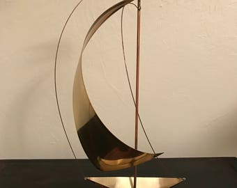 Brass Sailboat, Mid Century Sailboat, Nautical Decor, Vintage Sailboat, Brass Sculpture, Vintage Brass Sailboat