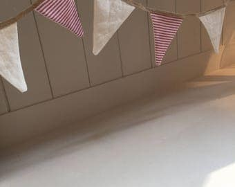French rustic style mini bunting