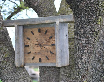 Wooden barn/reclaimed/living/kitchen/bedroom wood clock