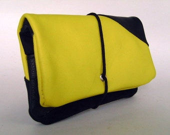 Tobacco pouch leather black & yellow