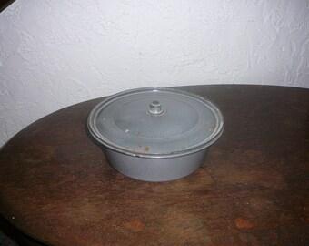 Vintage granite ware bowl with lid