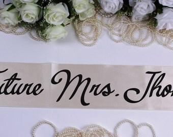 Future Mrs. Sash, Bride To Be Sash, Bachelorette Sash , Bride Sash, Bride to Be, Wedding Sash, Bachelorette Paty, Bridal Party Sash, Bride