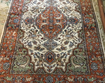 Persian Pictorial Hunting Scene Handknotted Rug