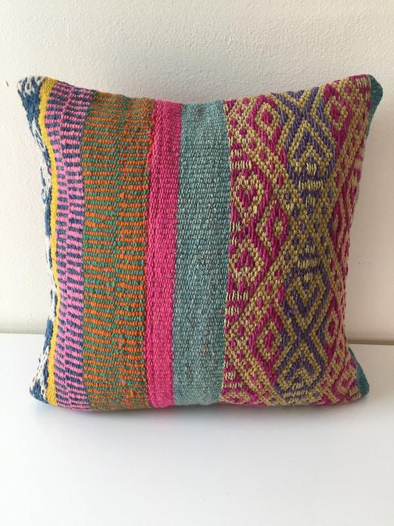Peruvian Hand-Woven Pillow | FIFTEEN