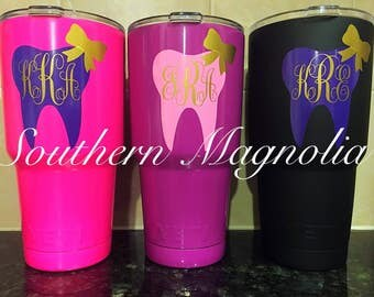 Monogrammed Dental Assistant Tooth and Bow 30oz Yeti