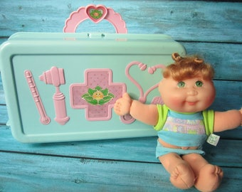 1996 Cabbage Patch Kids Love N Go Check-Up Center