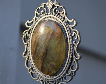 Labradorite Pendant Necklace with Pewter Setting and Chain
