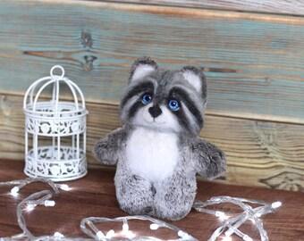 Plush toy raccoon, Needle felt racoon, Felted toy, toy gift, Plush-wool toy raccoon