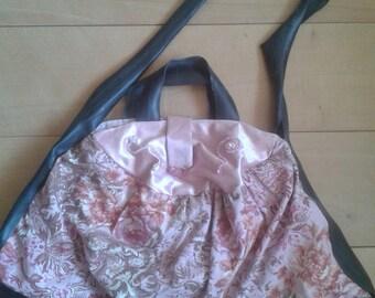 Shoulderbag