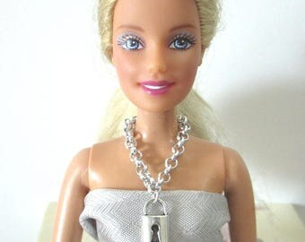 Barbie doll pendant chain necklace