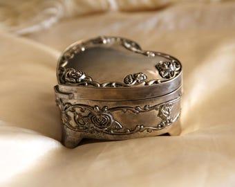 Vintage Regent Square jewelry box