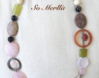 Necklace with semiprecious stones-natural