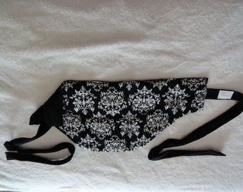 Heat Pack large deluxe shaped with ties, for warm or cool therapy.   Use on neck/ low back/ shoulder etc.  Rice filled.