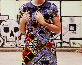 Schoolgirl Wax claudine blue collar dress