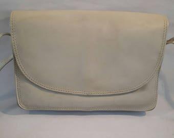 Shoulder/Crossbody Vintage HandBag/Shoulder Bag Genuine Leather Beige Made in Brasil