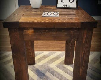 Wooden Farmhouse style rustic side table or end table | Distressed table | HGTV | Fixer Upper | Primitive furniture