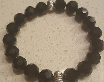Glass bead bracelet with silver accents