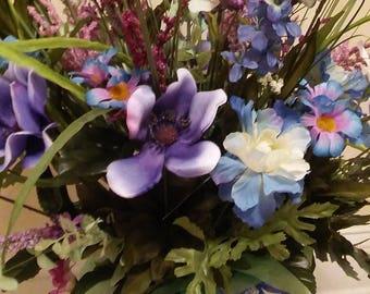 gift baskets, floral arrangements, home decor, wedding, flowers, event planning,