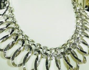 Glamorous Crystal Necklace