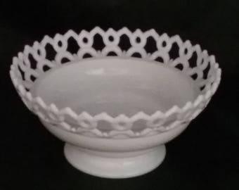 Westmoreland Vintage Milk Glass Lace Lattice Open Work Edge Compote ~ Fruit Bowl