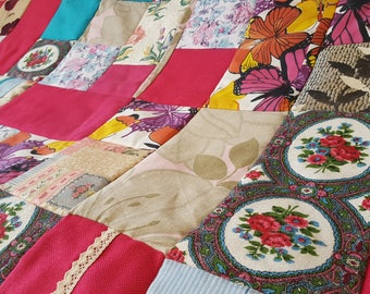 Wonderful Light Quilted Bedspread for Home Decor, Bedcover, Patchwork