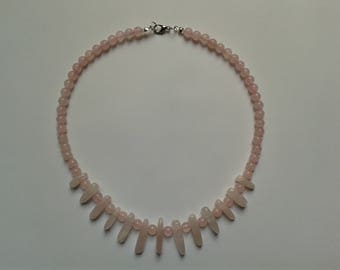 "Quartz necklace pink ""Love and peace"" (43cm; beads: 6 mm)"