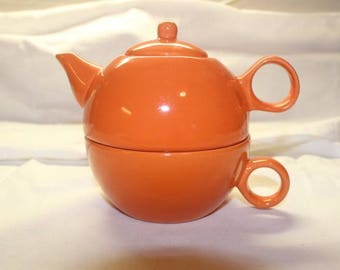 Old Amsterdam Porcelain Works Teapot Cup for One Orange