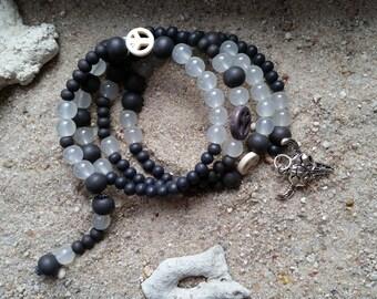 Memory wire bracelet peace