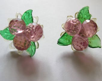 Pink floral berry gold tone screw back earrings