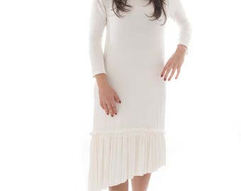 Lily Dress in Ivory