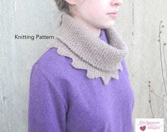 Reverie Cowl Scarf Knitting Pattern, Easy Beginner, Worsted Yarn, Garter Stitch Scallop Points Neck Warmer