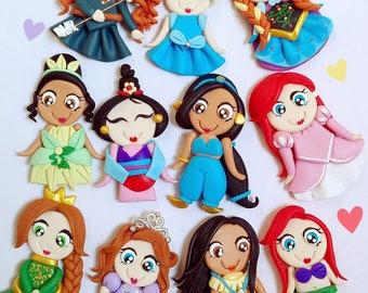 01 Disney Princess in polymer clay, to paste. Tinkerbell, Bella, Merida, Fresita, Frozen, Ana, Elsa, Jazmin, Cinderella, Mulan, Pocahontas