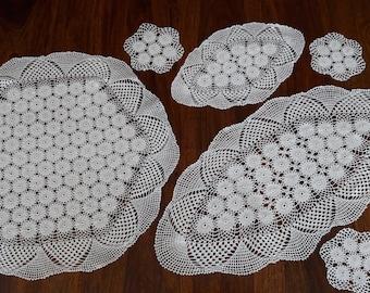 Set Crochet Doilies - Vintage Doilies - Handmade Doilies