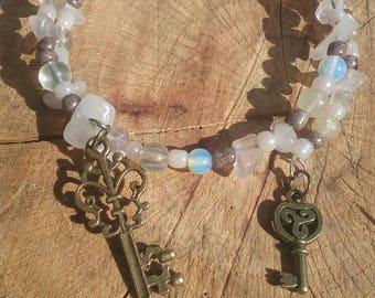 Boho hippy bracelet.  Glass and stone beads. 8 inch. Memory wire.