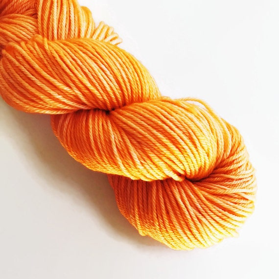 tangerine / hand dyed yarn / mini skein / sock fingering yarn / merino wool superwash/ semi-solid medium orange yarn / sock mini / embroider