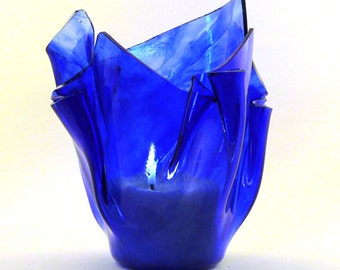 Vase Candle - Blue Streaky on Clear Glass Vase, Free Spring Rain Scented, Soy, Paraffin Wax Blend, Paper Core, Self-trimming Wick Candle
