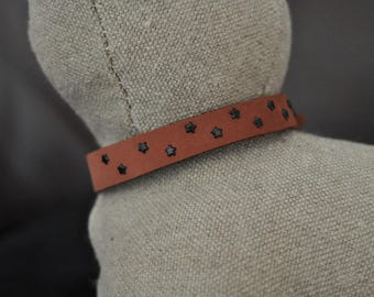 Brown Deer Leather Cat Collar with Little Black Metal Stars (The Carrie)