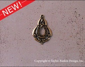 Antiqued Polished Brass Bohemian Victorian Art Nouveau Jewelry Earring or Pendant Jewelry Drop (item 1160 AG) - 6 Pieces